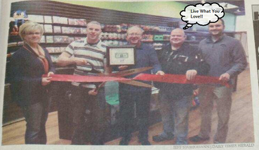 pres photo of ribbon cutting ceremony for another game start store
